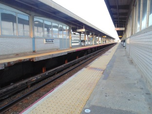 LIRR Hicksville Station: south platform (left), track 2 (center), and north platform (right); track-side view west (August 7, 2015)